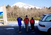 03 富士山をバックに