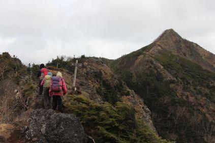28 専女山
