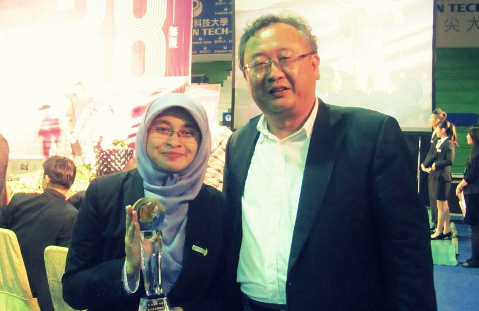 [Kisah] Keep living, keep on dreaming : NTUST Outstanding youth award 2012 -Part 3 (final)- (2/6)