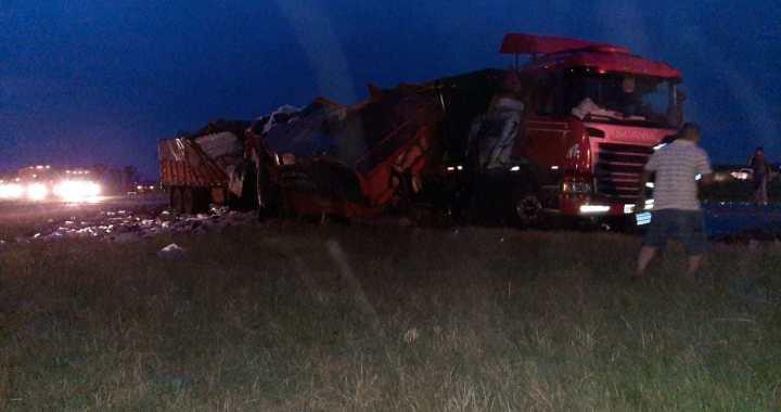 Ruta 34: Grave accidente entre tres camiones