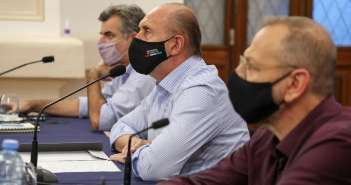 Santa Fe adhiere al DNU presidencial y vuelve al confinamiento total