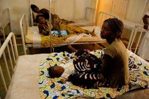 Women and children receive treatment, in the municipal hospital of M'banza Congo, Zaíre province. Credit: USAID