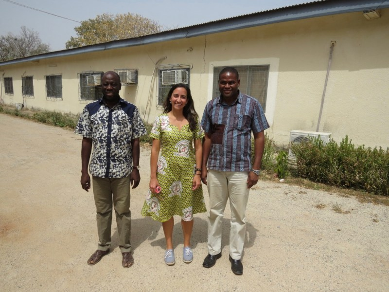 Local malaria researchers Victor Asoala (left) and Lucas Ameng-Etego (right) with Sanger Institute researcher Cristina Ariani (middle)