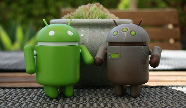 How To Combine Similar Contacts On Android?