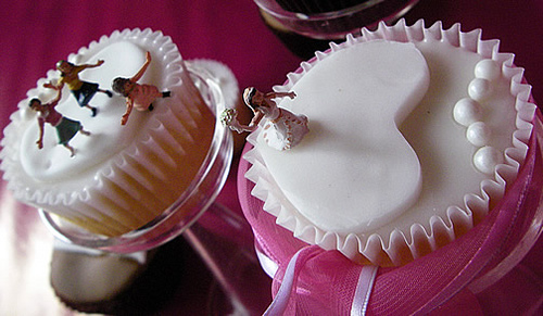 Nice and Delicious Cupcakes as Wedding Favors