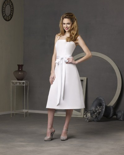 informal tea-length short wedding dresses