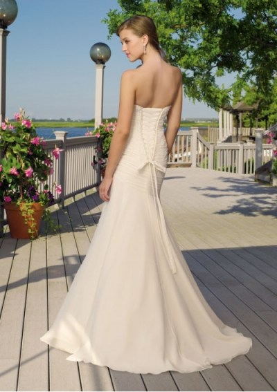 chiffon sweetheart touched bodice in mermaid style with sweep train wedding dress