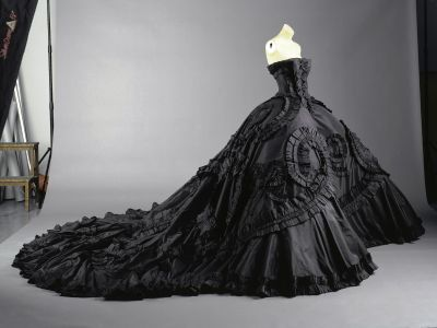 black wedding dresses with long train
