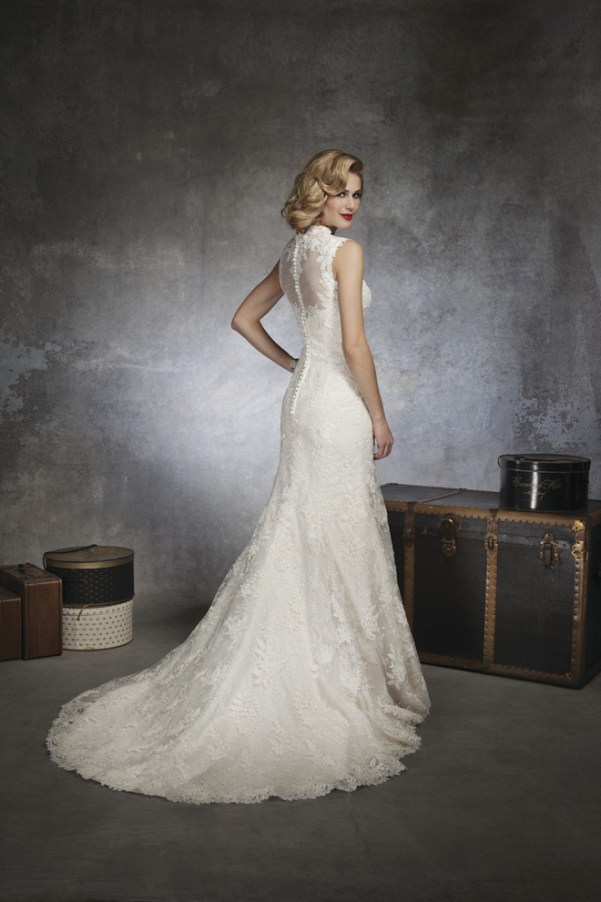 wedding dress justin alexander 2013 with lace back