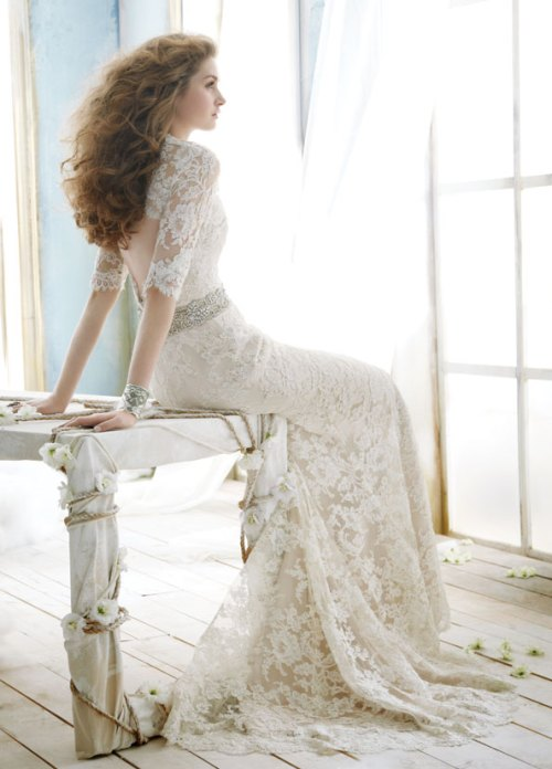 sweetheart neckline lace wedding dress with sleeves