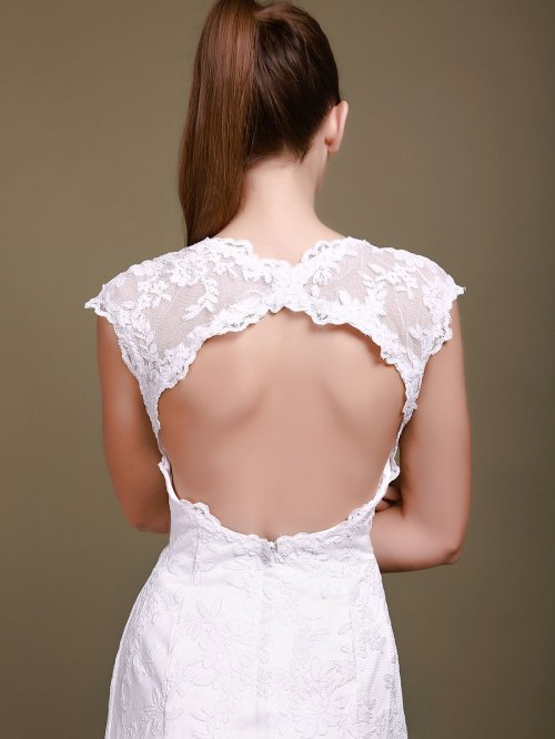 lace wedding dress with back cut out