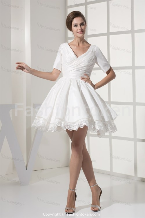 short beach wedding dress with sleeves