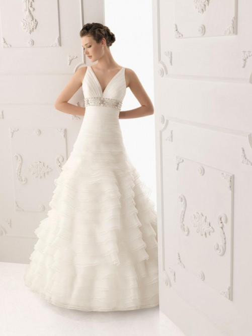 floor length empire v-neckline organza wedding dress