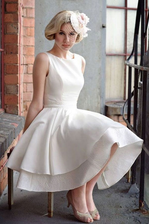 cute vintage short sleeveless white wedding dress
