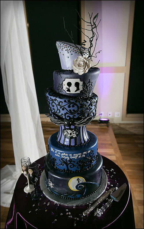 tim burton inspired wedding cakes nightmare before wedding ideas sang maestro 21007
