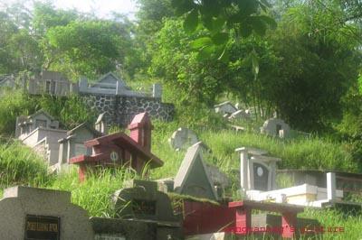 hantu di kuburan cina