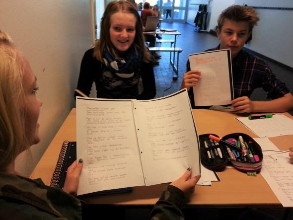Musik og Sangskrivning med børn og unge i folkeskolen, friskoler, privatskoler, gymnasier, højskoler, efterskoler. Huskunstnerordningen er faciliteret af Statens Kunstfond