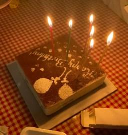 生日夜燭光