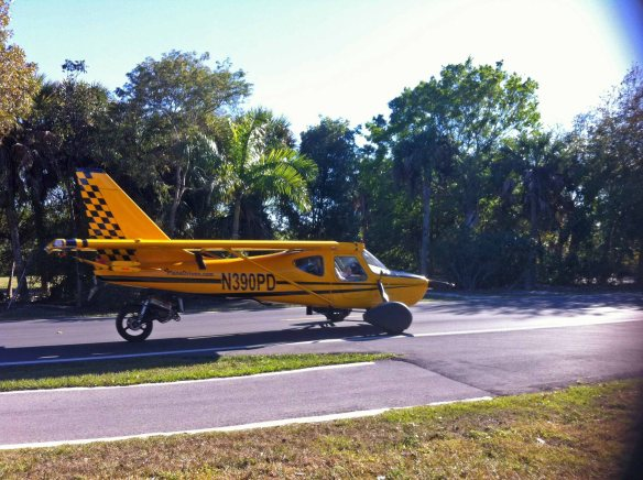 PlaneDriven.com Heading down Periwinkle Way on Sanibel 02-01-2013