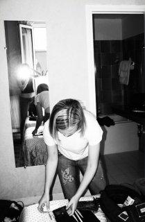 Returning to Paris 2006 - Smile for the camera um no I'll pack lol