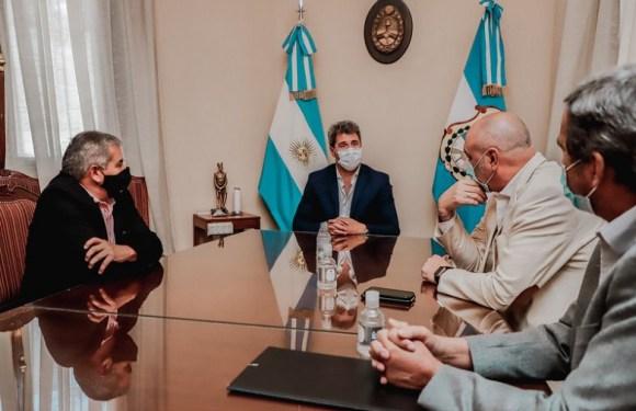 Sierras de Chávez tendrá electricidad gracias al trabajo en conjunto de Minería y Obras
