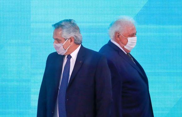 Vacunatorio VIP: Alberto Fernández le pidió la renuncia a Ginés González García