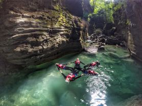 canyoneering-group-2