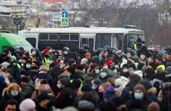 În zeci de oraşe din Federația Rusă au loc acțiuni de protest pentru libertate şi împotriva arestării ilegale a lui Alexei Navalny 3