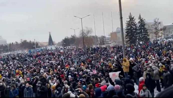 În zeci de oraşe din Federația Rusă au loc acțiuni de protest pentru libertate şi împotriva arestării ilegale a lui Alexei Navalny