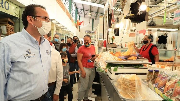 Respalda gobierno municipal respaldo a mercados y locatarios