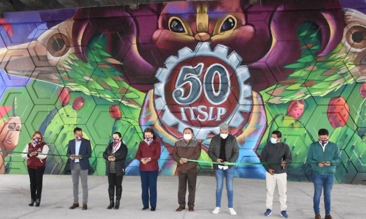 Alcalde de Soledad, inauguró mural conmemorativo por 50 años del Tecnológico de SLP