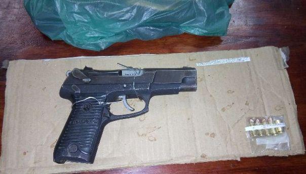 Aseguran Estatales a sujeto que Agredió a sus Vecinos con un arma