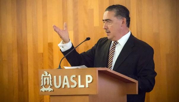 UASLP inaugura Seminario-Taller de Fiscalización Electoral y firma convenio con el INE