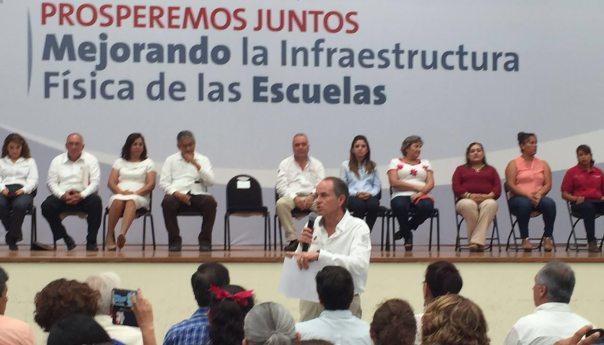 En gira por CD Valles y San Antonio JMCL Supervisa, Inicia y Entrega Obras por más de 123 MDP