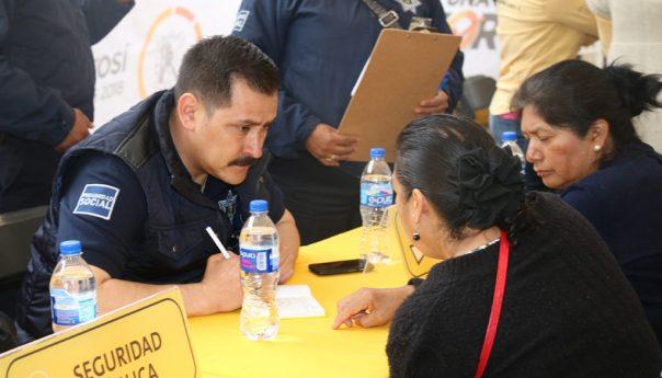 """Primer Evento """"Ayuntamiento en tu Colonia"""" Logra Importantes Beneficios"""