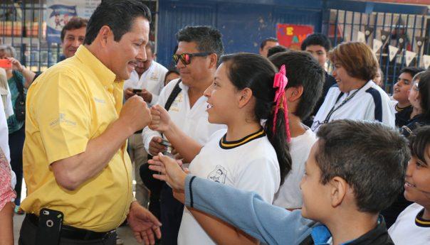Ayuntamiento Apoyará a 70 mil Alumnos con Útiles Escolares
