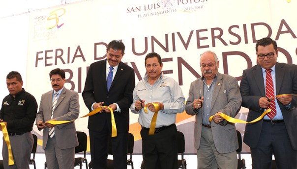 Inaugura Ricardo Gallardo la Feria de las Universidades