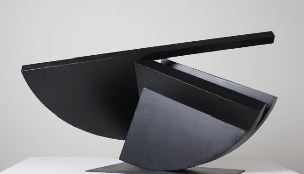 """Exposición """"Devenir de la forma"""" en el Museo Federico Silva Escultura Contemporánea del escultor Pablo Olivera"""