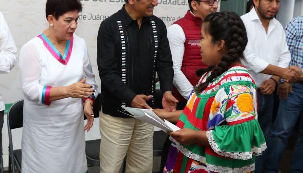 Ser bilingüe, lengua indígena-español, es sinónimo de desarrollo humano: INALI