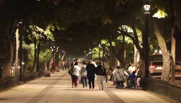 Activa gobierno municipal 106 luminarias Led en calzada de Guadalupe