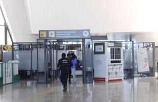 Para prevenir contagios por COVID-19, IMSS recomienda que personas que regresan del extranjero permanezcan en casa
