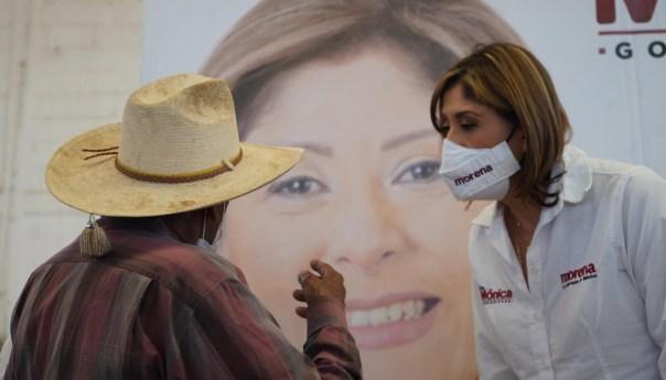 Dra. Mónica beneficiará productores rurales con apoyos directos