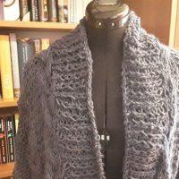 Zurück aus der Sommerpause oder Winterkollektion # 3 - Strickjacke verzopft
