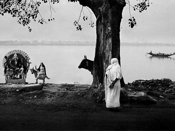vacheron_constantine_celebrates_divine_moments_by_raghu_rai_11