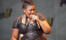 Thandiswa Mazwai Biography, Age, Husband, Songs, Albums & Net Worth