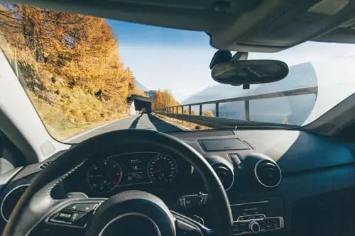 Сънища за коли - предно стъкло