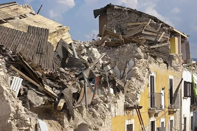 Как трябва да реагираме при земетресение