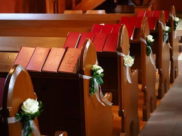 Суеверия за сватба - За Църквата