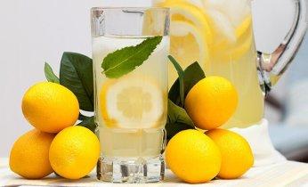 Las Razones Por Las Que Empezar El Día Con Una Taza De Agua Caliente Con Limón Es Buena Para La Salud 18