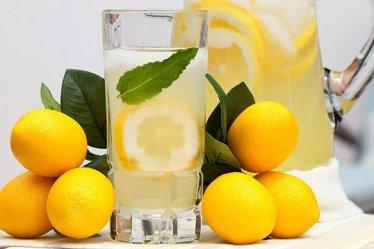 Las Razones Por Las Que Empezar El Día Con Una Taza De Agua Caliente Con Limón Es Buena Para La Salud 7